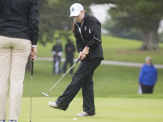 Chambersburg's Mary Kate Norcross, who shot 81, coaxes