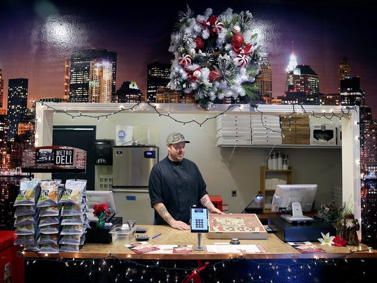 Trendy's Pizzeria in Keyport  kitchen manager and chef