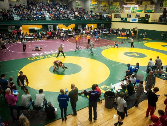 Prep wrestling rankings, college scores from Wednesday