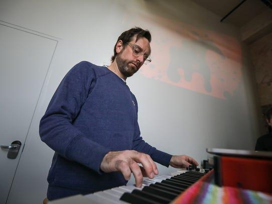 Mellotron Variations: Robby Grant