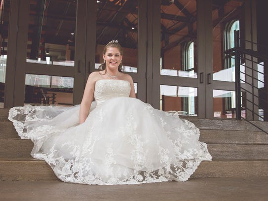 Goodwill showcases wedding dresses for brides for Donate wedding dress goodwill