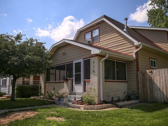 Bates hendricks a neighborhood in transition for Hendricks house