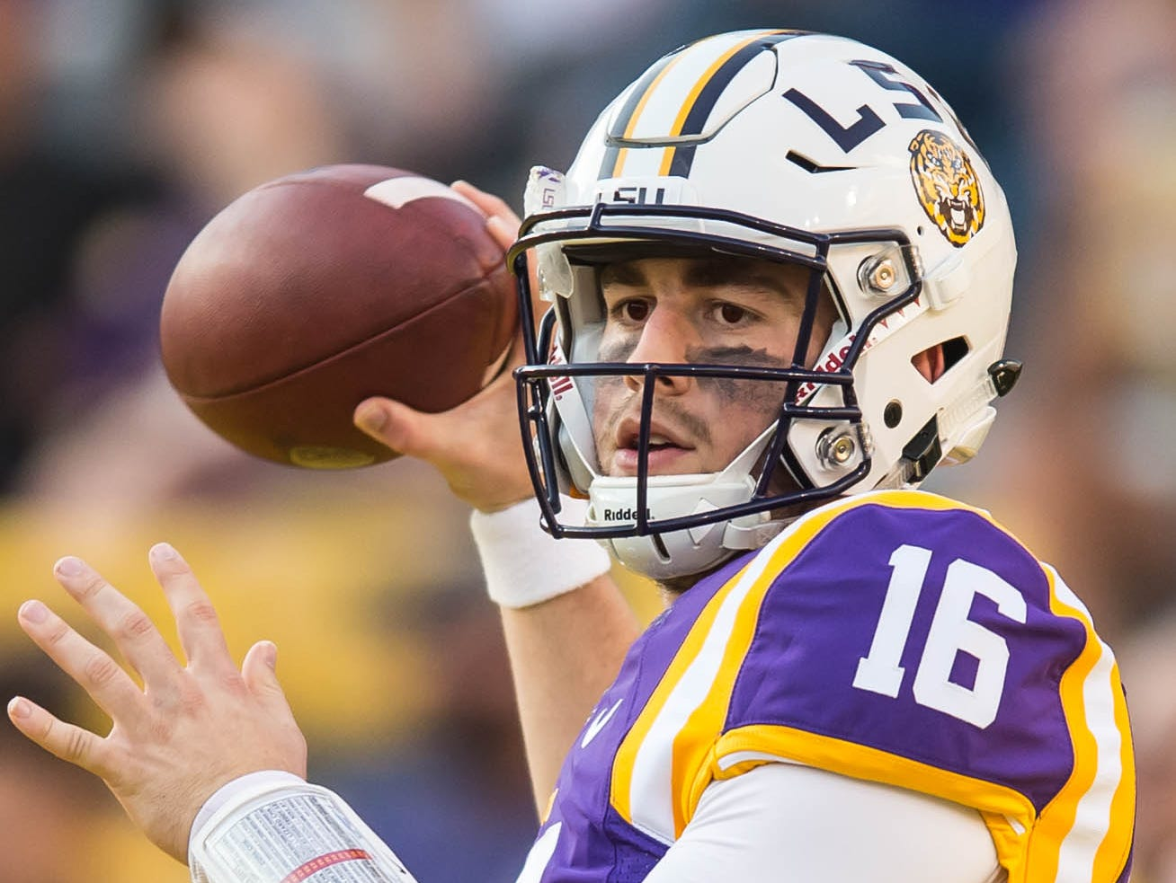 Tigers quarterback Danny Etling (16) warming up on Saturday October 15, 2016 BUDDY DELAHOUSSAYE/ THE ADVERTISER