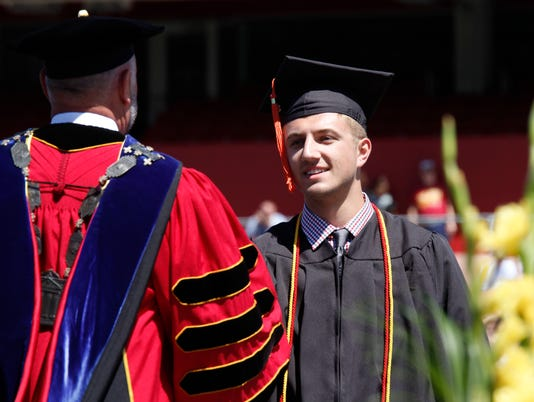 2017 Iowa State spring commencement