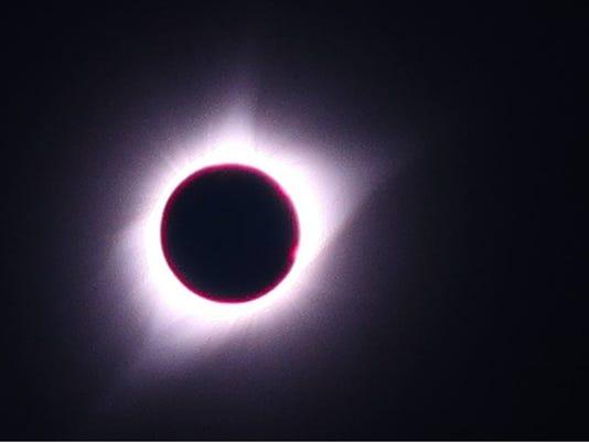 636392812344598355-eclipse-crop.jpg