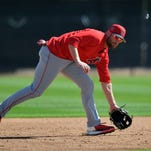 Zack Cozart gets reunion with Reds at Spring Training