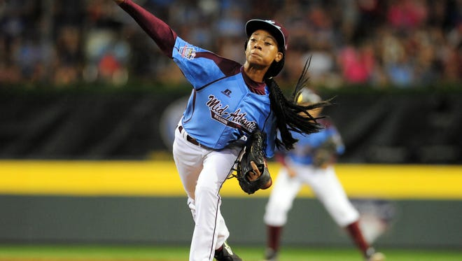 Mid-Atlantic Region pitcher Mo'ne Davis (3) throws a pitch in the third inning Aug. 20 against the West Region at Lamade Stadium. Credit: Evan Habeeb-USA TODAY Sports
