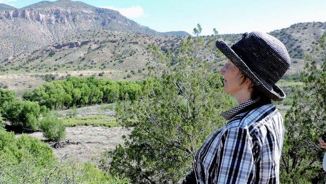 SWNM Audubon President Sara Boyett, an opponent of the Gila River diversion, led a walk along the Gila last spring.