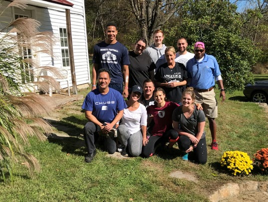Chubb volunteers for IICF Week of Giving PHOTO CAPTION