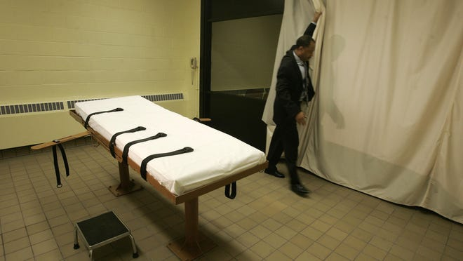 The death chamber at the Southern Ohio Correctional Facility in Lucasville. The state prisons agency announced Monday that Ohio will test lethal injection drugs ahead of executions if it obtains specialty batches of the drugs, in its latest update of capital punishment rules.