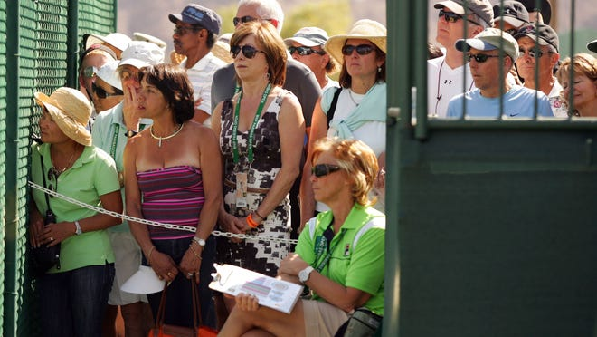 Tennis fans will return to Indian Wells for the BNP Paribas Open beginning this morning when women's qualifying starts the event.