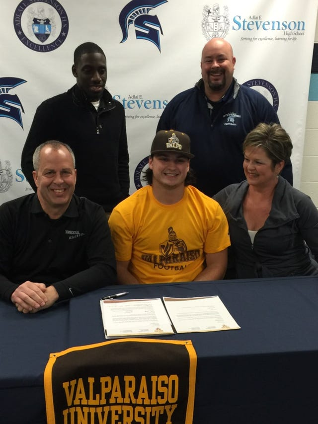 Stevenson running back inks LOI with Valparaiso