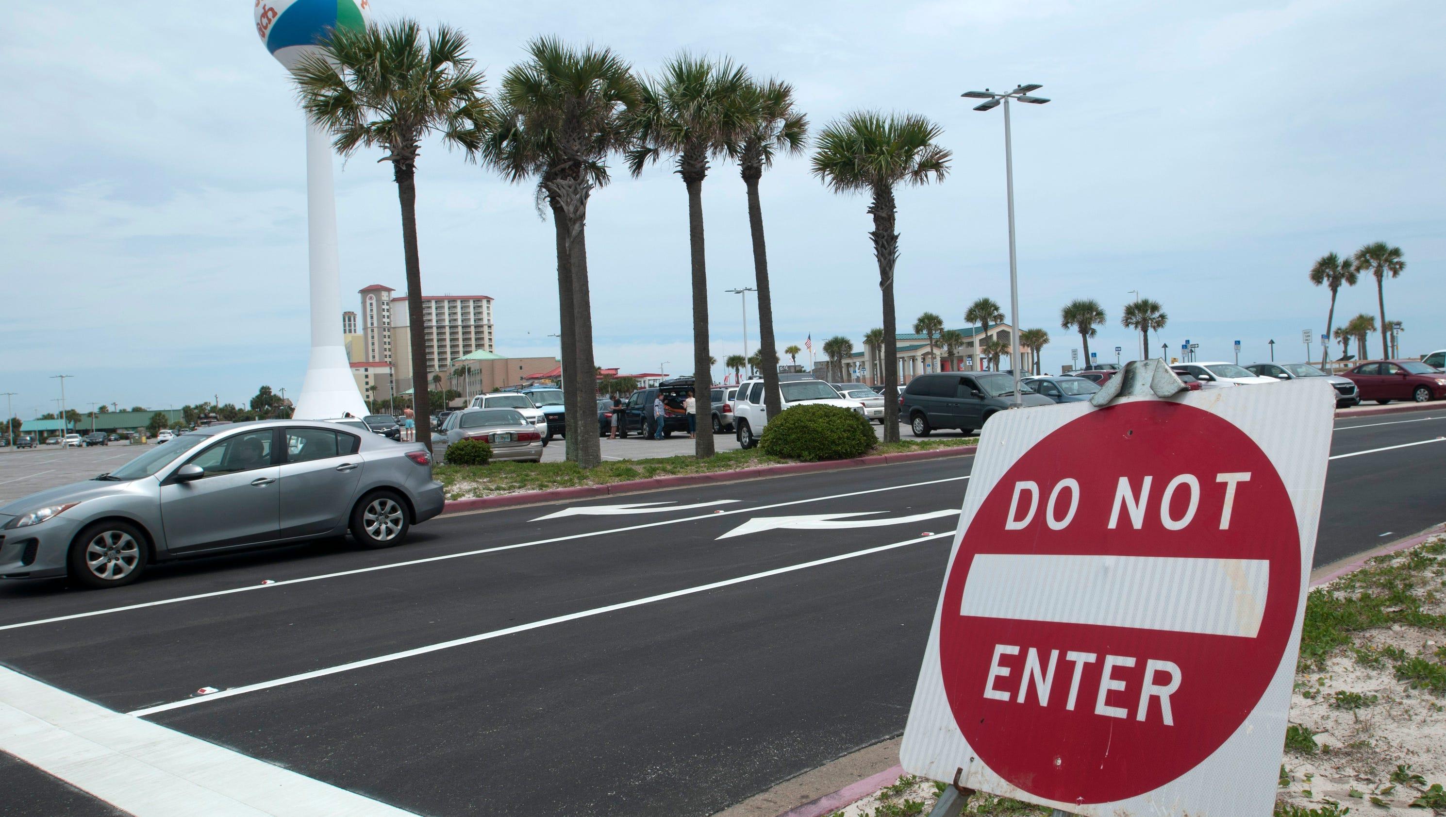 Pensacola Beach Memorial Parking