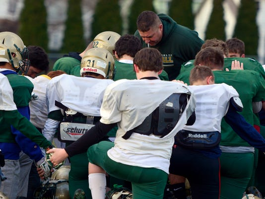 York Catholic preps for their District 3-A title football