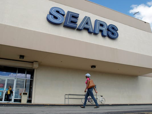 AP SEARS-LAYOFFS F FILE USA FL