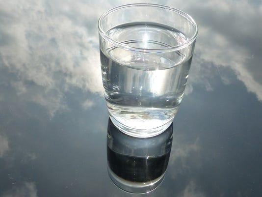 635828607859546736-water-stock