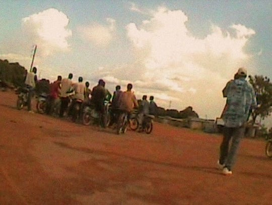 Traffickers in Mali trying to take children to the