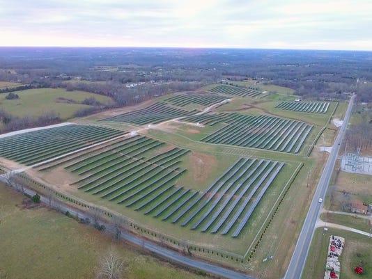 636601651721066358-Nixa-Solar-Farm---north-east-corner-view.jpg