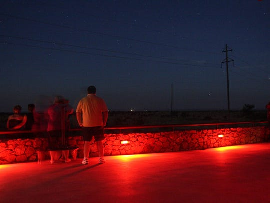 Texas: Marfa Lights, Marfa: There's an ongoing debate