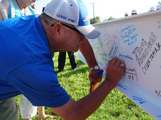 Texas A&M University - Kingsville hosted a 'topping out' ceremony for the university's new  Music Education Complex. Attendees were invited to sign and leave messages on the final beam before it was placed at the highest point of the new building.