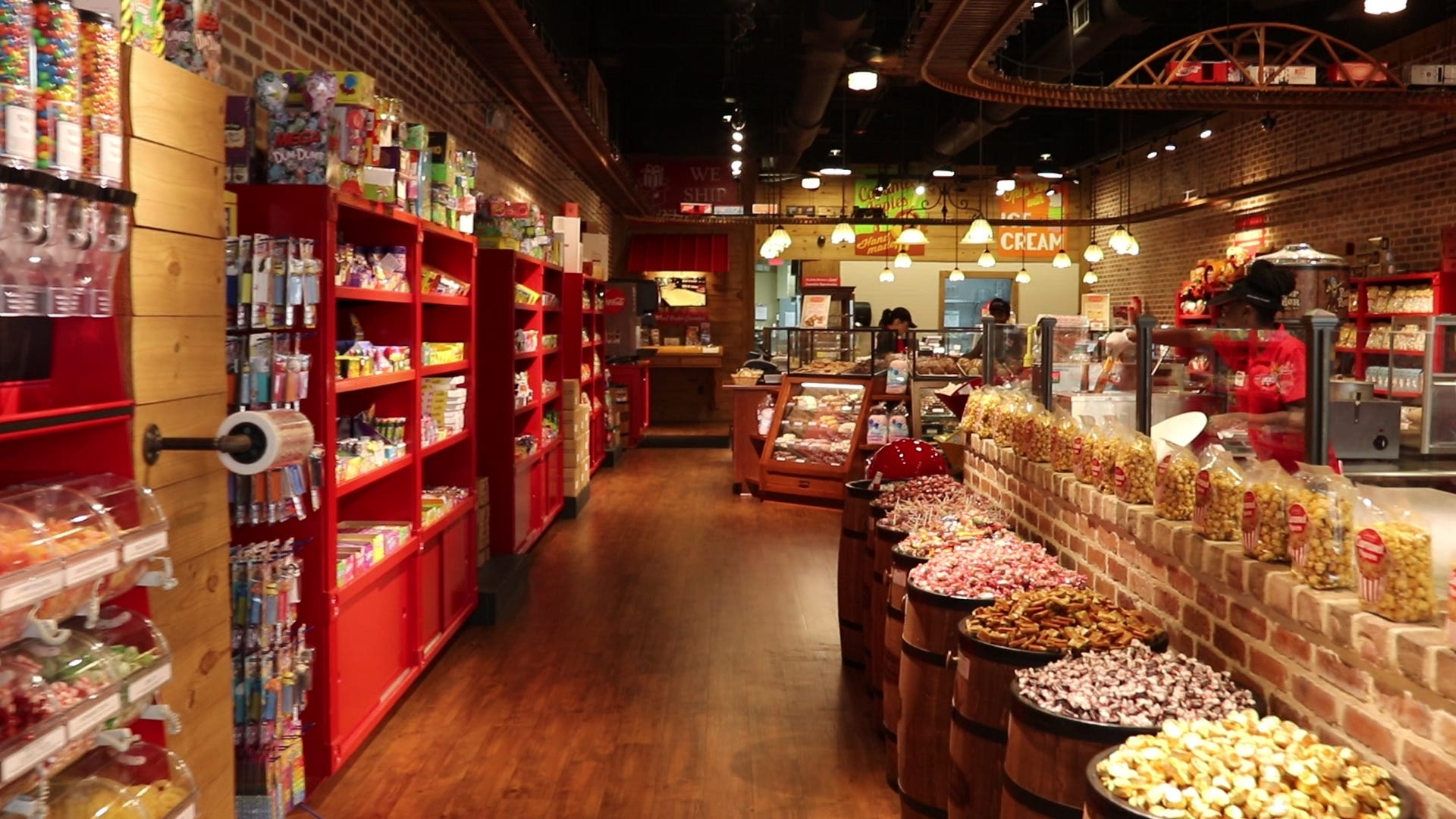 Savannah Based River Street Sweets Will Open A Location In Downtown Heart  Of Greenville