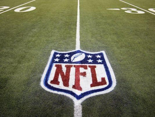635721607046653422-NFL