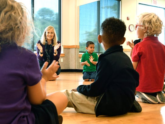 Mayor Megan Barry visits a pre-K class Tuesday, Aug.