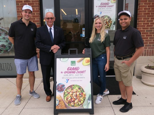 (Left to right) Jesse Allen, Freshii co-owner; Bruce