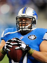 Detroit Lions center Dominic Raiola received a $10,000 fine earlier this season for punching Patriots rookie defensive lineman Zach Moore.