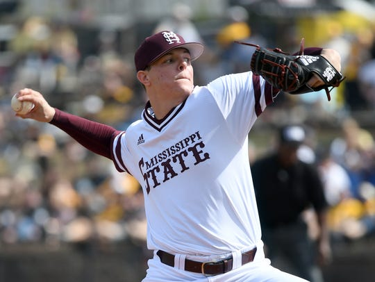 Mississippi State pitcher Jacob Billingsley throws