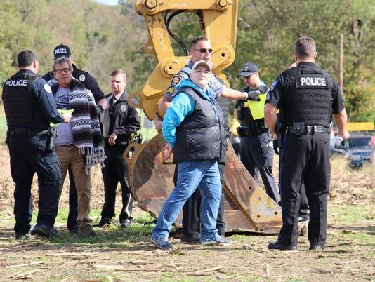 tweet-arrest-1.jpg