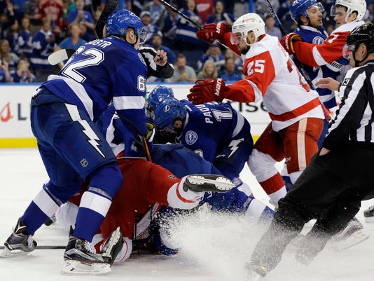 Detroit Red Wings, Tampa Bay Lightning, fight