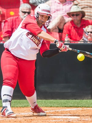 Daniella Chavez asked for her release this summer and it was granted after just one season at UL after transferring from Kansas.
