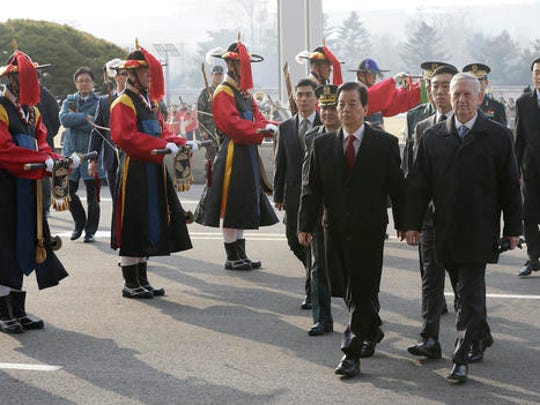 U.S. Defense Secretary Jim Mattis, right, and South Korean Defense Minister Han Min Koo inspect an honor guard during a welcome ceremony for Mattis at Defense Ministry in Seoul, South Korea, Friday, Feb. 3, 2017.