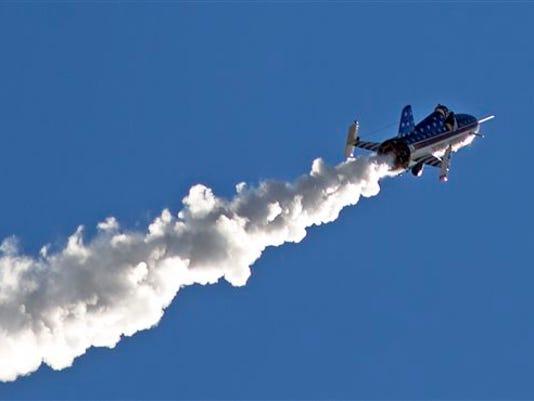 636097025533370510-APTOPIX-Rocket-Man-Roll.jpg