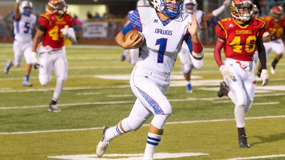 Las Cruces senior quarterback Kameron Miller verbally