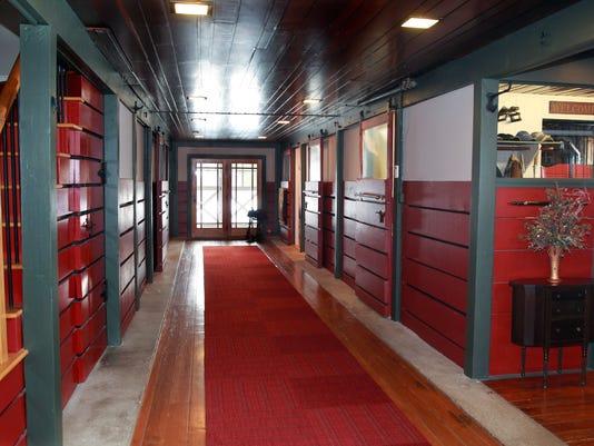 athome29-hall
