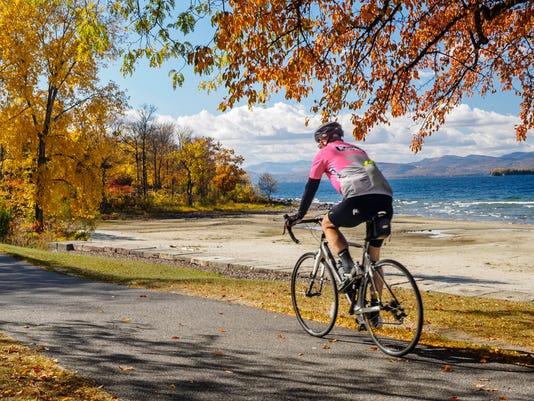 Burlington foliage bike path by Lake Champlain