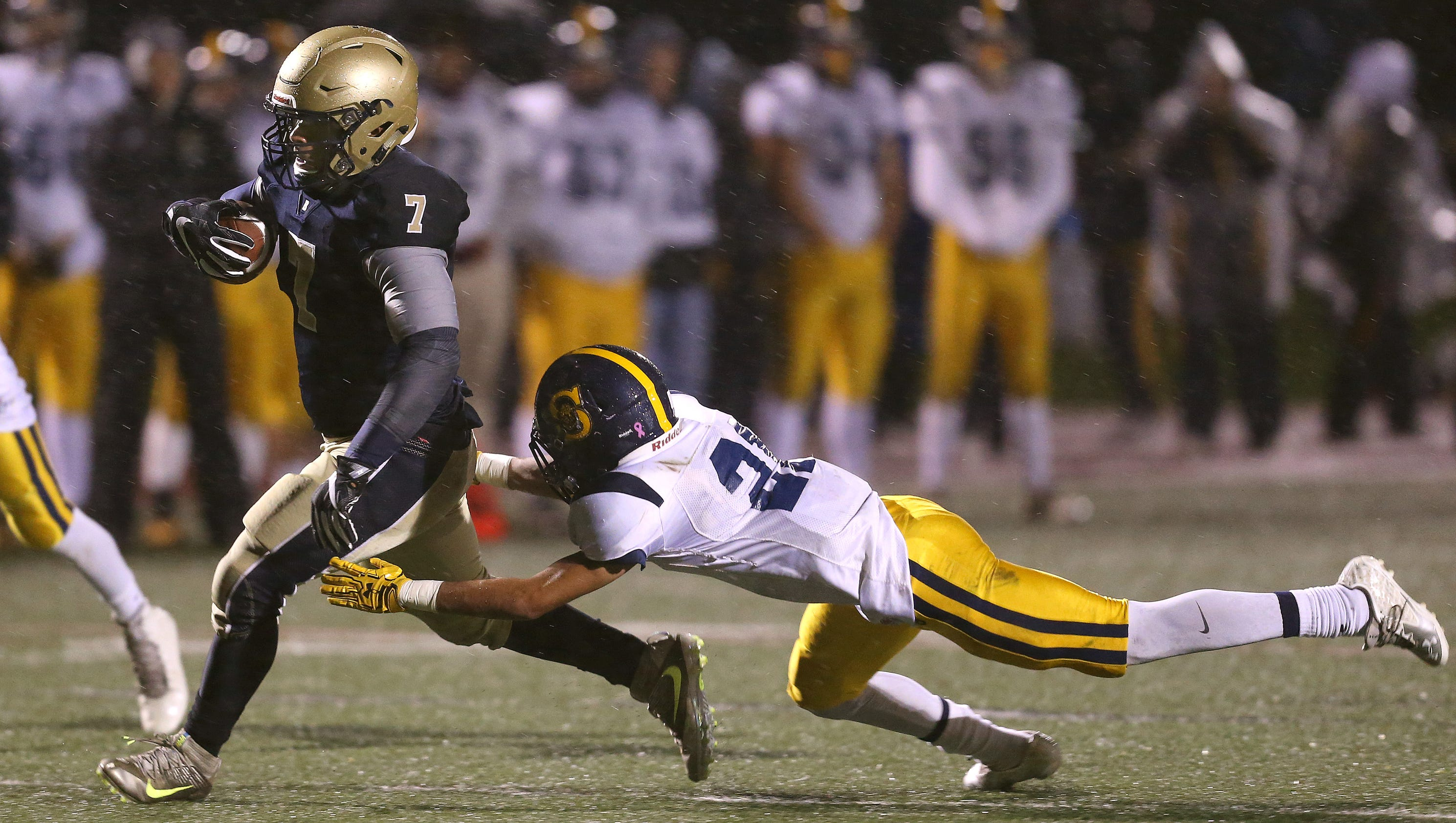 News 8 Now >> High school football results, Oct. 21