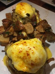 Havana Dream Benedict at Hemingway's Tavern has twin
