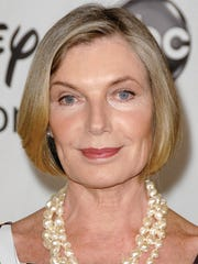 """Susan Sullivan, star of  ABC-TV's """"Castle,"""" will appear alongside Golden Globe nominee Jessica Walter in a Marsha Mason-directed version of Robert Harling's """"Steel Magnolias"""" through June 18 at Bucks County Playhouse in New Hope, Pa."""