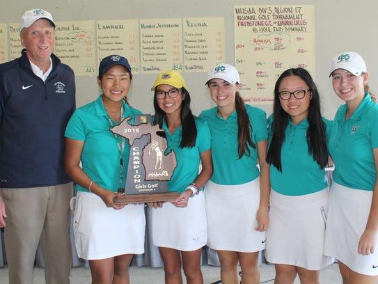 Cranbrook Kingswood's girls golf team captured the