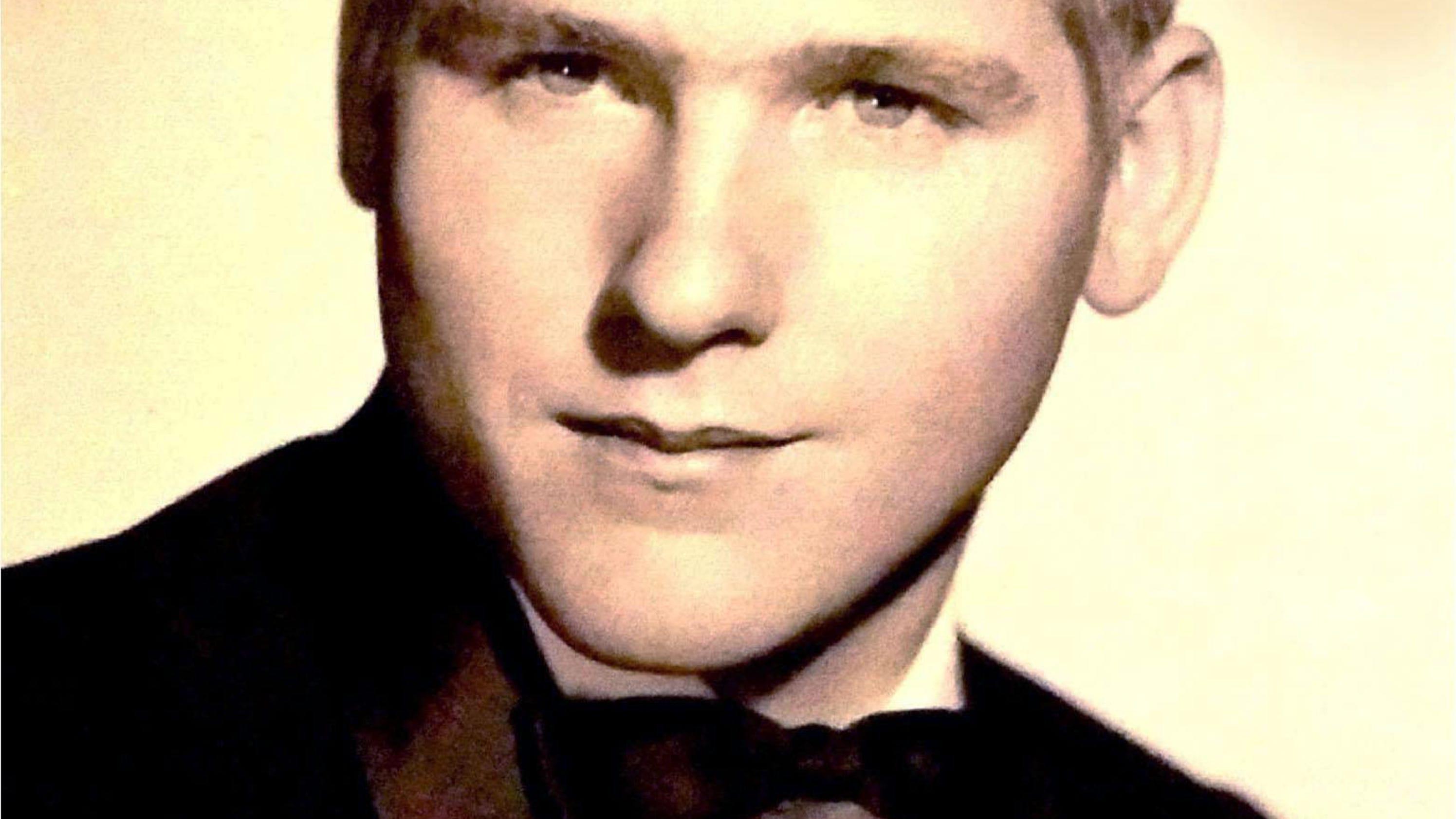 John W. Newell, 72, Ar...