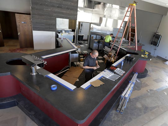 The Dome Sports Bar and Grill takes shape in Neenah.