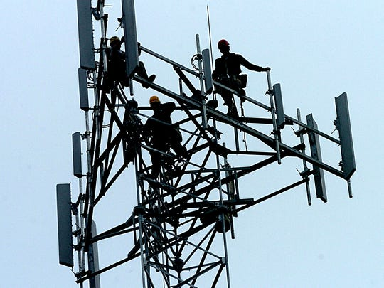 There are 16,213 radio, cellular and tower equipment installer and repairer jobs in the U.S.