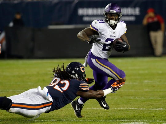 Minnesota Vikings running back Jerick McKinnon (21)