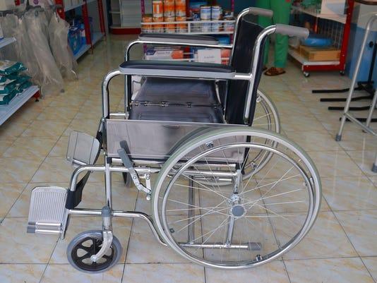 636015961838592707-wheelchair-1300736-1920.jpg