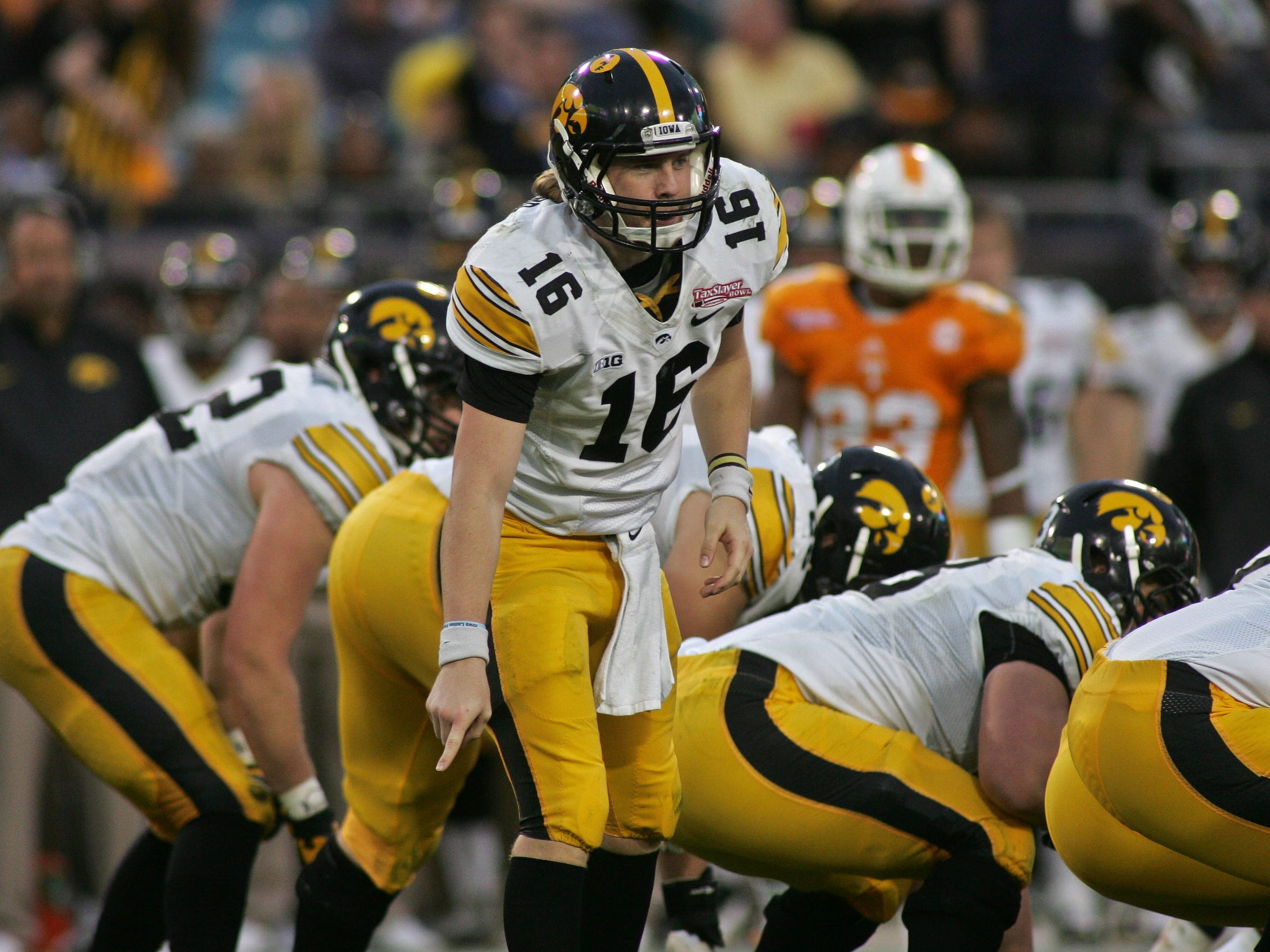 Iowa quarterback C.J. Beathard (16)
