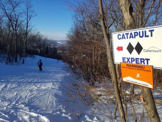 636518113852570616-skiing5.jpeg