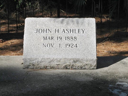 0131-ynmc-6.-Ashley-headstone.JPG